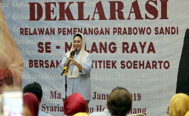 Hadiri Deklarasi, Titiek Soeharto Kobarkan Semangat Relawan Prabowo-Sandi se Malang Raya