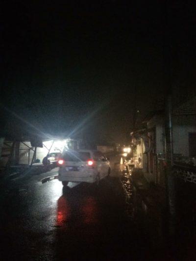 Lampu Penerangan Jalan Umum padam,warga dan pengguna jalan was-was melintasi (gus)