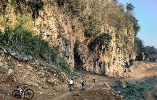 MENARIK : Lembah Kera, Destinasi Menarik Desa Gampingan Kecamatan Pagak. (H.MansyurUsman/Memontum.Com)
