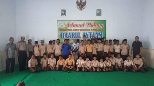 Kabid Dokkes Polda Jatim Kunjungi Panti Asuhan Daarul Aytaam Situbondo