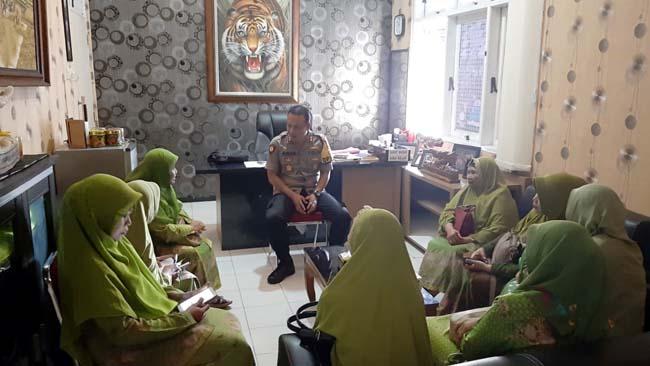 Kapolres Situbondo Terima Kunjungan Ketua Muslimat NU Situbondo