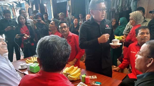 Sekretaris TKN Hasto Kristiyanto saat acara Temu Kader dan relawan pemenangan Pilpres 2018, bertempat di Gedung Korpri, Senin (28/1/2019)