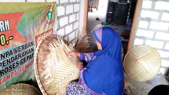 Sukolilo Sukodadi Sentra Kerajinan Anyaman Bambu di Lamongan