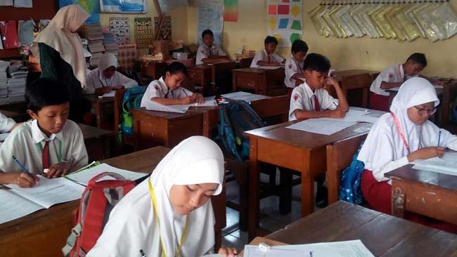 1008 Siswa SD se-Kecamatan Wonoayu Try Out USBN