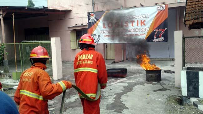 Gudang Logistik KPU Kota Malang Dibakar Massa