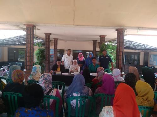 Pelatihan BUMDes Mitra Abadi Rembun Tentang Manajemem Pengelolaan Kopi Dampit. (H.Mansyur Usman/Memontum.Com)
