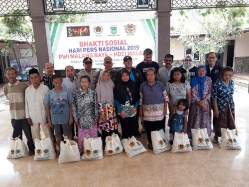 PWI Malang Raya Kunjungi Ngantang, Berbagi Kasih di Banturejo