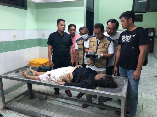 Tim inafis Polres Gresik sudah melakukan pemeriksaan di kamar mayat RSUD Ibnu Sina Gresik