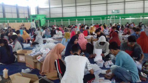 KPU Sampang Kerahkan 220 Pelipat Surat Suara