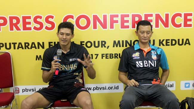 Eko Permana Putra dan Syamsul Jais, saat preskon usai pertandingan. (rhd)