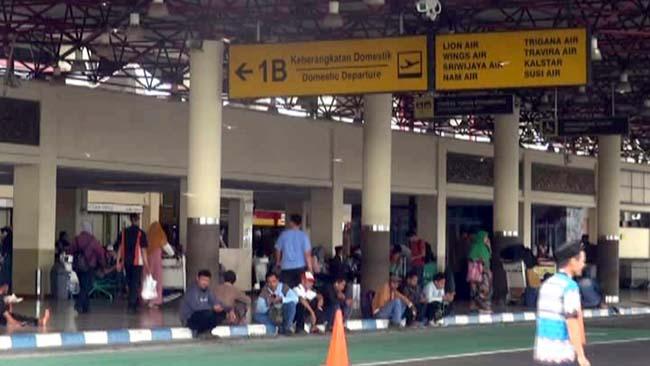 Landas Pacu Bolong, Operasional Bandara Juanda Dihentikan 3 Jam