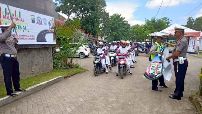 Satlantas Polres Banyuwangi Gelar Milinial Road Safety Festival