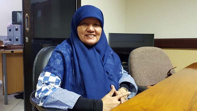 Reni Astuti Anggota Komisi A DPRD Surabaya saat ditemui di ruang Fraksi PKS, Rabu (27/3/2019)