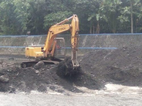 PU Pengairan Normalisasi Dam Larangan