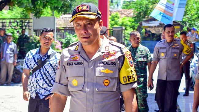 Kapolres Situbondo Ajun Komisaris Besar Polisi Awan Hariono,SH.,SIK.,MH. saat diwawancarai Wartawan Memontum.com, kemarin. (im)