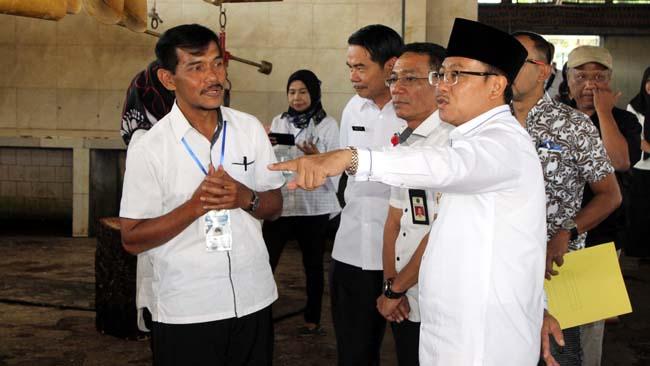 Walikota Sidak PD RPH, Tinjau Kesiapan Lebaran dan Menuju TUNAS