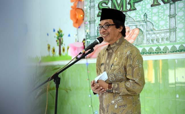 Wakil bupati Jember Drs Muqit Arief menghadiri undangan Halal-Bihalal SMPN 1 Silo. (gik)