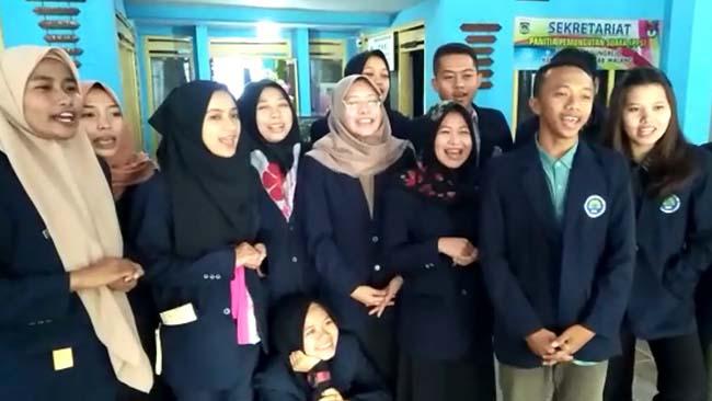 Mahasiswa KKN di Panggungrejo Tolak Hoax dan Ajak Masyarakat Tak Terprovokasi
