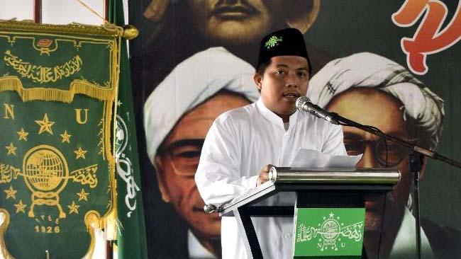 KETUA : Ketua Tanfidziyah NU Kencong KH Zainil Ghulam MHI. (rir)