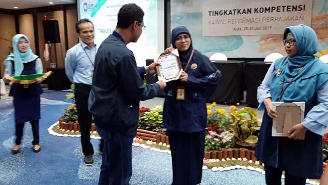 Kanwil DJP Jatim II Raih Penghargaan Editor Terbaik Kedua