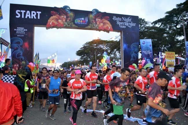 Kapolres Batu Berangkatkan Peserta Marathon BNS Run 2019