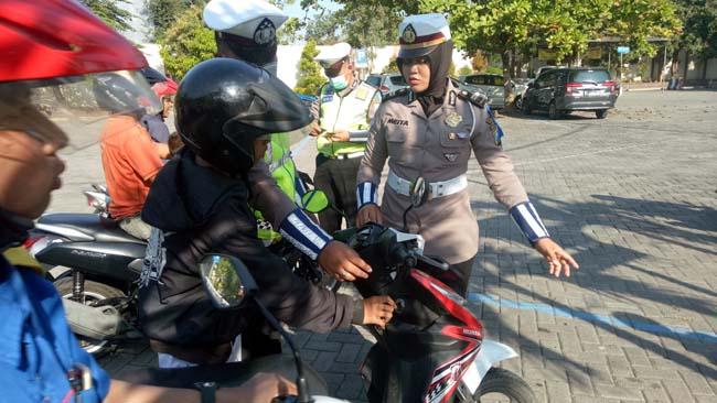 Operasi Patuh Hari Pertama, Polres Pasuruan Tilang Ratusan Pengendara