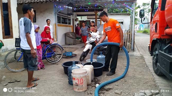 9 Kecamatan Kekurangan Air Bersih, BPBD Droping Air Bersih