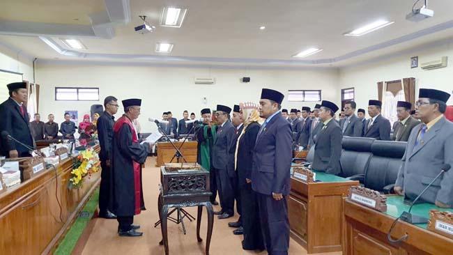 Rapat Paripurna pelantikan 4 unsur pimpinan DPRD Kabupaten Trenggalek. (ist)