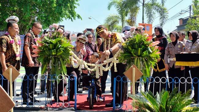 Kapolresta Sidoarjo Deklarasi Kampung Tertib Lalu Lintas Kemiri