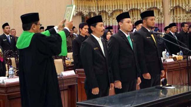 Pengambilan sumpah ketua dan wakil DPRD (istimewa )