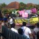 Suasana Demo didepan Kantor Bank BRI,(11/9)