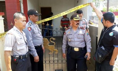 Petugas Polres Malang Kota dan Polsekta Kedungkandang usai melakukan olah TKP. (gie)