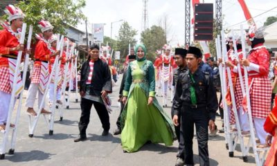 Festival Egrang Jember Sarana Perdamaian