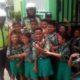 SIAGA - Sejumlah anggota Polresta Sidoarjo bersiaga di sejumlah sekolah sejak adanya isu penculikan anak kemarin. Namun hasilnya polisi memastikan isu penculikan anak itu hoax