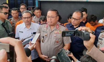Kapolda Jatim Irjen Pol Luki Hermawan saat melakukan rilis penangkapan 8 pelaku penyalahgunaan BBM Bersubsidi