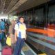 Kompol Eko Hari Kapolsek Bangil bersama Kepala Stasiu Bangil Kholis,melayani penumpang parobaya