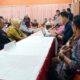 Bapaslon Satiyem - Sunaryanto saat menyerahkan dukungan ke Komisioner KPU Banyuwangi, Minggu (23/02/2020) malam. (ist)