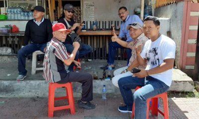 5 Koordinator LSM yang tergabung dalam FPAD, saat membahas oknum Ormas perusak aset daerah saat mendatangi DPRD Banyuwangi. (ras)