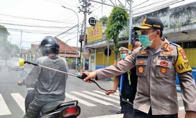 Cegah Corona, TNI, Polri dan Pemkab Lumajang Bersama Semprot Disinfektan Ruang Publik