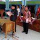 Proses pengambilan sumpah PAW anggota BPD Desa Grinting. (par)