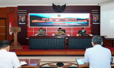 Plt Wali Kota Blitar, Santoso memberikan keterangan terkait pasien positif Covid-19 Kota Blitar yang menjalani isolasi di RSUD Mardi Waluyo Kota Blitar