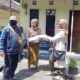 Baksos RB-GESID19 PKB Kota Batu, Berikan Bantuan Beras ke Warga Kurang Mampu