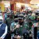 Gubernur Jatim Khofifah, Panglima TNI Marsekal TNI Hadi Tjahyono dan Kapolri Jenderal Pol Drs Idham Azis MSi usai kunjungi Mall Tanggih Transmart. (gie)