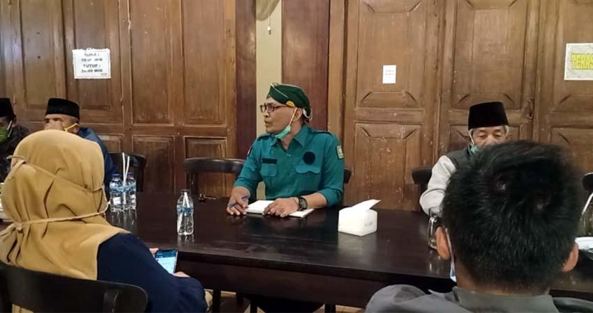 Kiyai sepuh, tokoh dewan suro, tanfidz dan para kader senior, serta pengurus PAC telah mengelar pertemuan untuk mengkonsolidasikan sikap mereka atas pencalonan Henry-Yasin