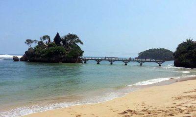 Pantai Wisata Balekambang. (ist)
