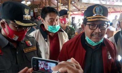 Ketua Perbakin Jatim Mayjen TNI (Purn) Istu Hari Subagio bersama Bupati Bangkalan, R Abdul Latif Amin Imron