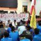 Sejumlah Mahasiswa Melakukan Aksi Demo didepan Kantor DPRD Bangkalan
