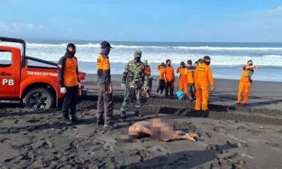 Mayat Pria Bugil Ditemukan di Pantai Wotgalih Lumajang