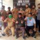Kades Wirotaman, Perangkat Desa, BPD Bersama Instalator dan Yayasan Daya Pertiwi. (sur)
