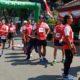 LARI : Peserta lomba lari 'Anniversary Arema Run 2020 ' tiba digaris finish Pendopo Agung Pringitan Kabupaten Malang. (memo x/dok)